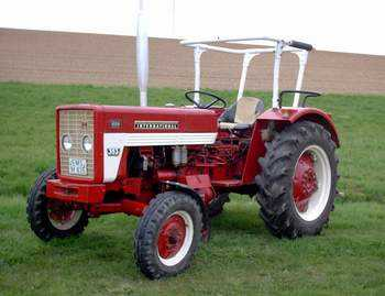 mc cormick international manuel ihc tracteur 523 624 724 agrar forst kommune. Black Bedroom Furniture Sets. Home Design Ideas